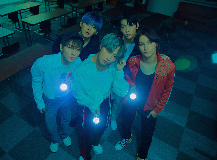 TXT resmi comeback dengan album terbaru mereka, The Dream Chapter: Magic, Jumat (21/10/2019)/